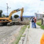 Inicia construcción de  27 vías en Ambato por 3 millones de dólares