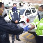 Municipalidad entrega equipo de bioseguridad al personal de primera línea