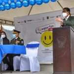 Alcalde de Ambato apoya campaña 'Tu importas, Elige vivir'.