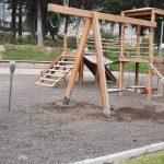Municipalidad realiza el mantenimiento de los parques de Ambato