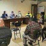Alcalde atiende pedidos de los comerciantes del mercado Artesanal