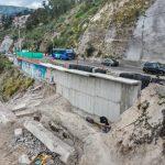 Avanza mantenimiento y construcción de muro en la avenida Rodrigo Pachano