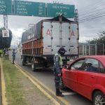 58 sancionados y 13 vehículos retenidos por infringir toque de queda en Ambato