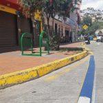 Donan cuatro biciparqueaderos para el estacionamiento seguro de bicicletas