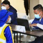 Personal de aseo de calles y bomberos se beneficiaron de vacunación contra Covid-19