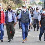 Alcalde de Ambato atiende pedido de obras en la avenida Tres Carabelas